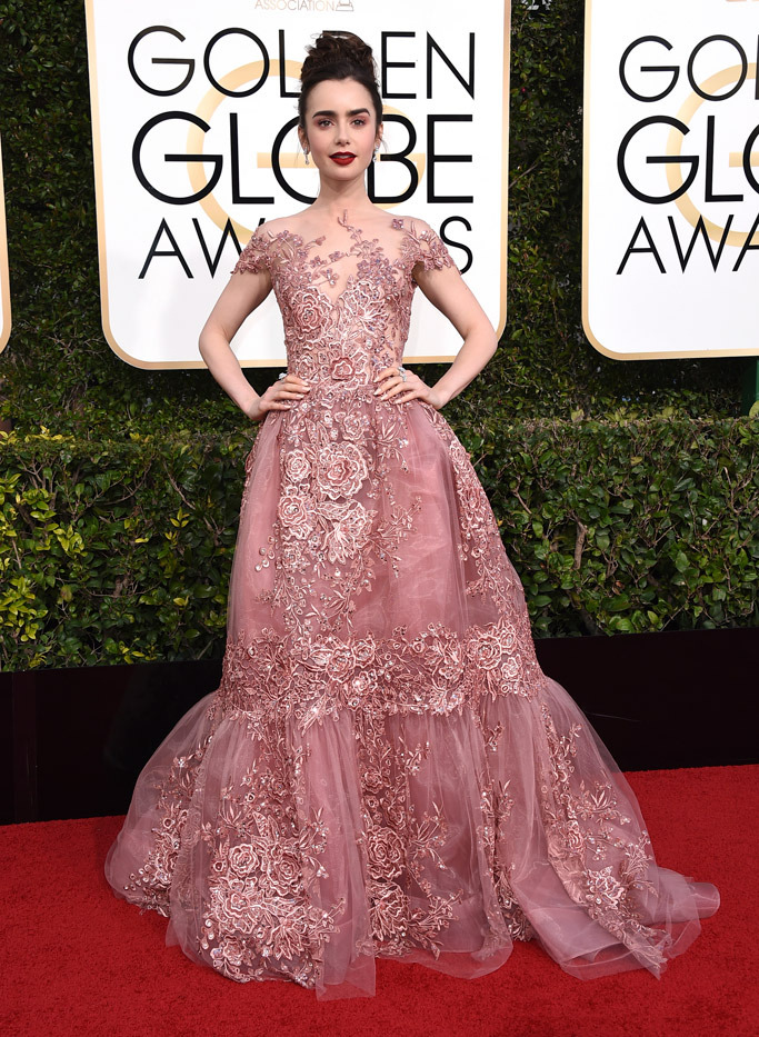 lily-collins-2017-golden-globes